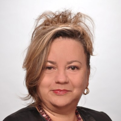 Iulia Florea <br /> Accounting Manager