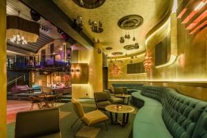 Sky Lounge 27