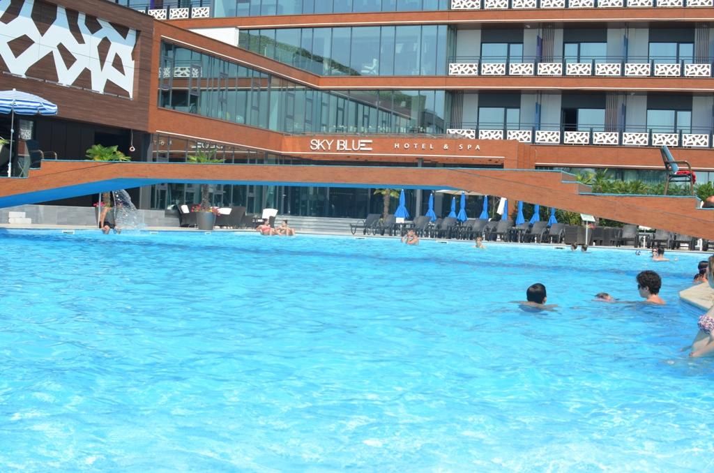 Sky pool sky center - The sky pool a deluxe adventure ...